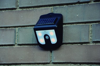 Solarlamp met bewegingssenor