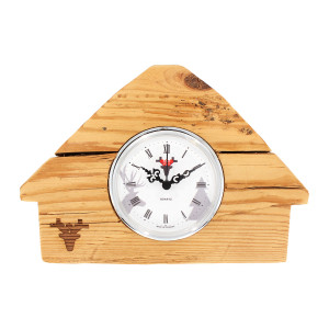Horloge en vieux peuplement, cadran blanc, maison de la Fôret-Noire