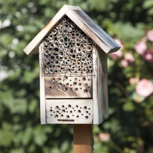 Insectenhotel - Bijenhotel – Nestkast voor nuttige insecten