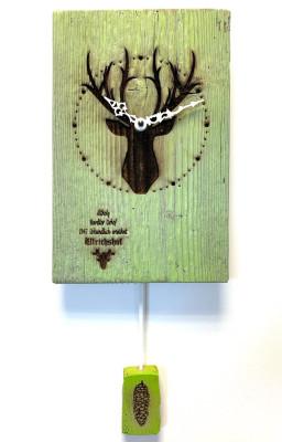 Oud hout Wandklok met Hert, groen